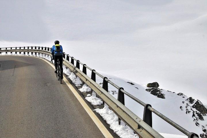 ¿Qué es Fatbike o bicicleta sobre nieve_ Foto Pixabay