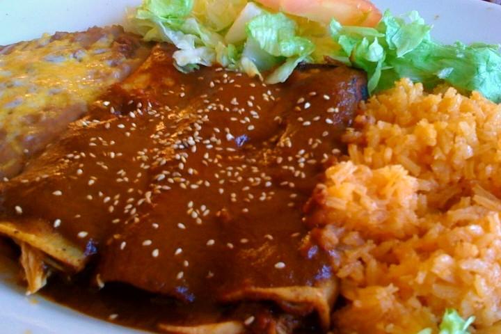 Muestra gastronómica en fonda mexicana