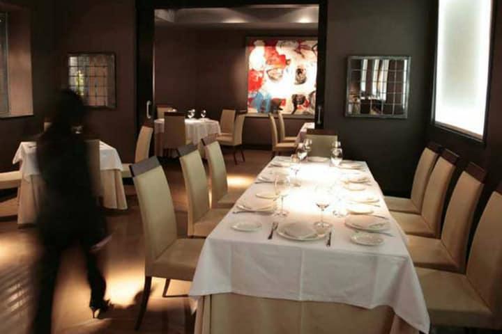 Salón del restaurante Astrid y Gaston Foto El País