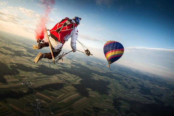 Red Bull Foto: Video el columpio más largo del mundo