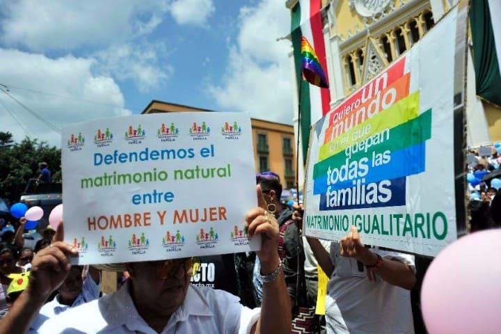 Frente-Nacional-por-la-Familia-daña-el-turismo-y-la-economía-del-país-foto-gaceta-mexicana-3