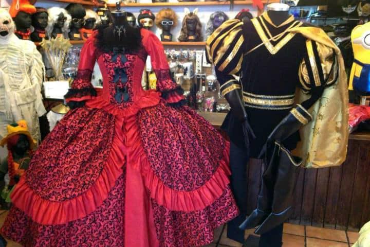 Buscas una tienda de disfraces  Aquí las mejores de la CDMX ea7f72330c9