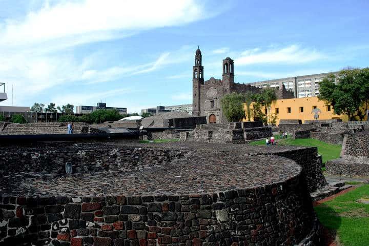 zonas-arqueologicas-cdmx-09-tlatelolco
