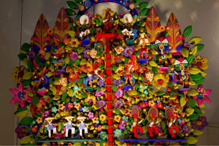 pueblos-artesanales-arbol-de-la-vida-metepec