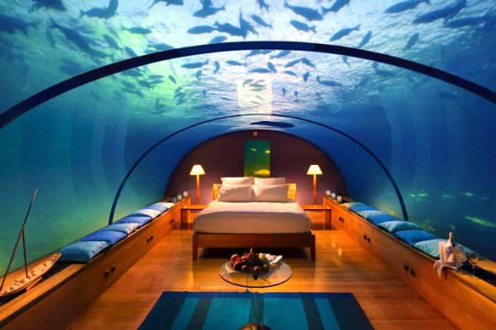-underwater-hotel-1