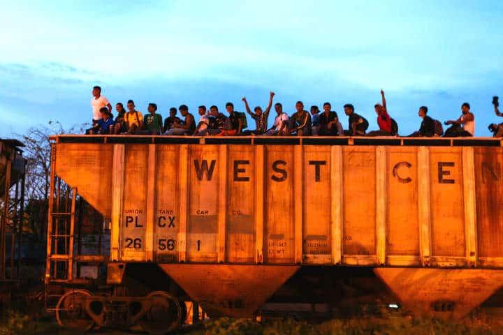 la-bestia-migrante-foto-christian-seno