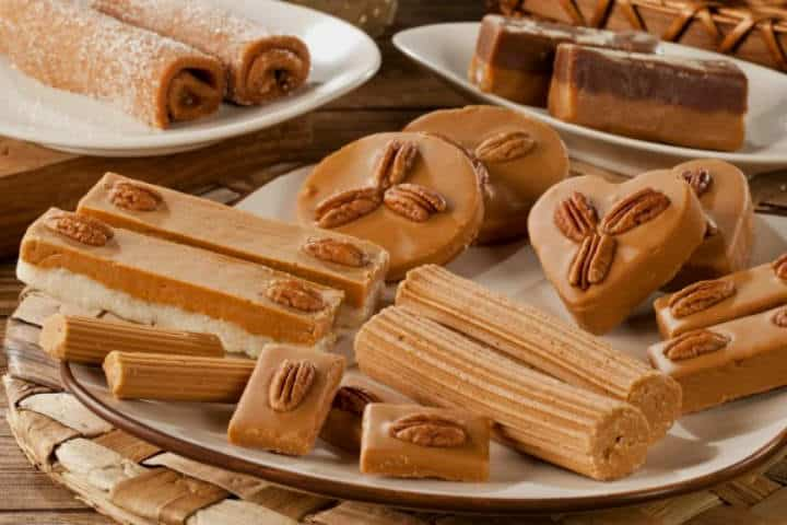cena-navidad-mexicana-dulces2