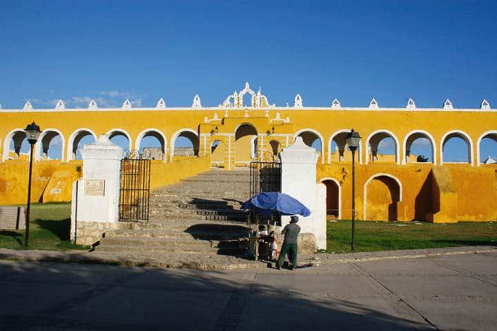 Izamal Yucatan Carlos Gracian 10