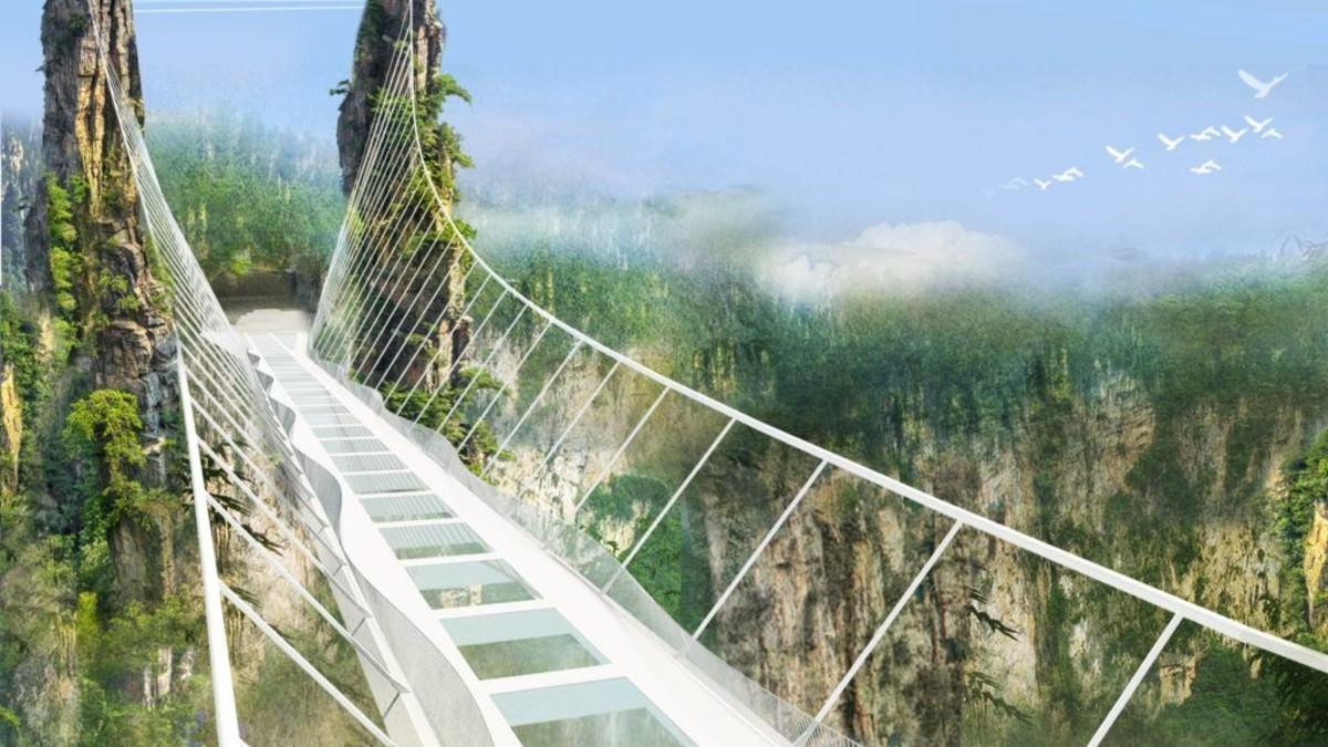 Puente de cristal más alto del mundo en China