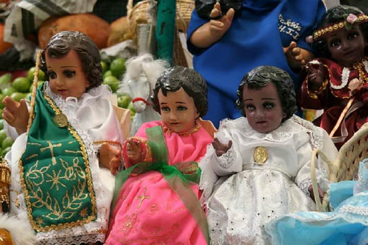 Figuras religiosas para el día de la candelaria. Foto: Archivo