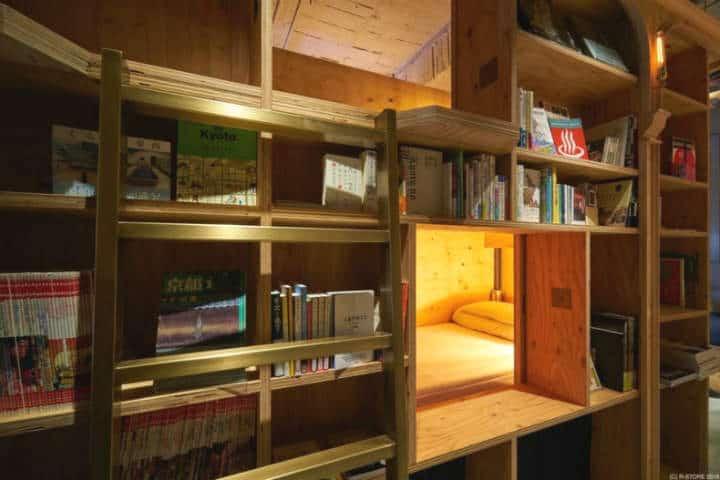 hostal kioto libros 2