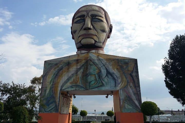 Cabeza de Juárez Foto Archivo
