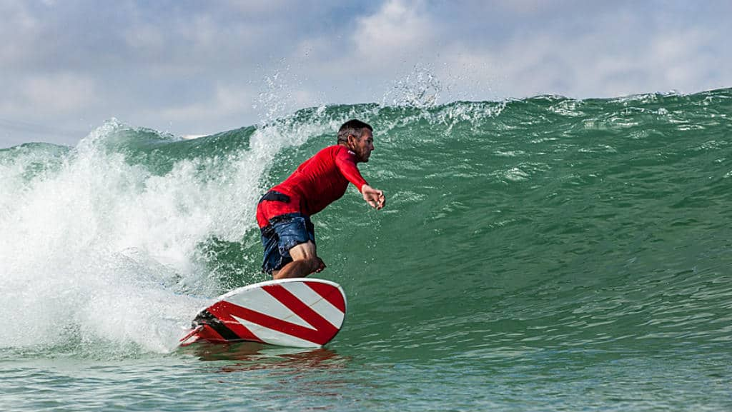 nland-surf-park-una-laguna-surfear-texas