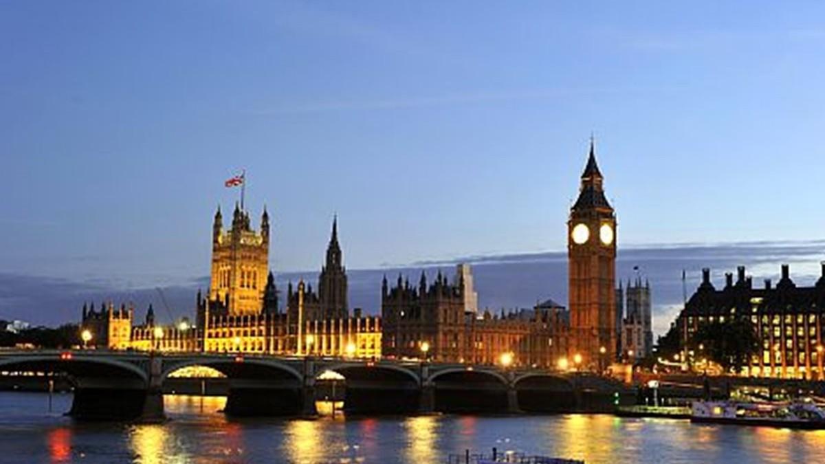 Cerveza gratis si llueve en Londres portada