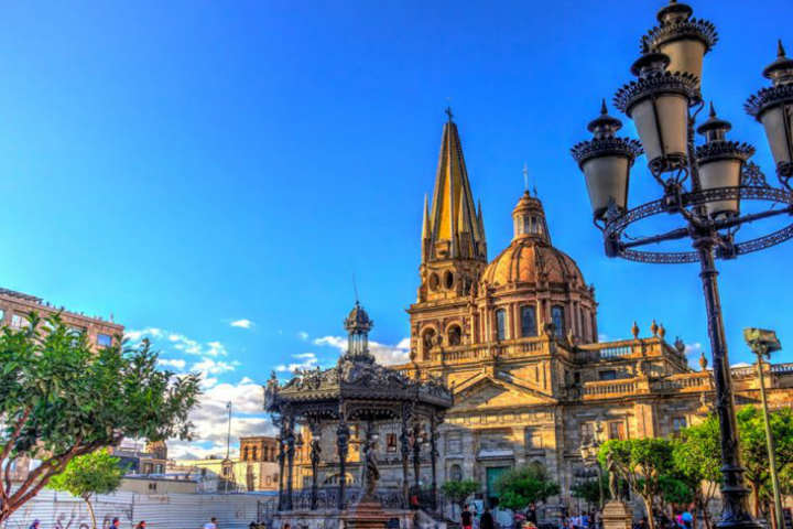 Descubre lo que tiene Jalisco para ti. foto. Bleu & Blanc.1