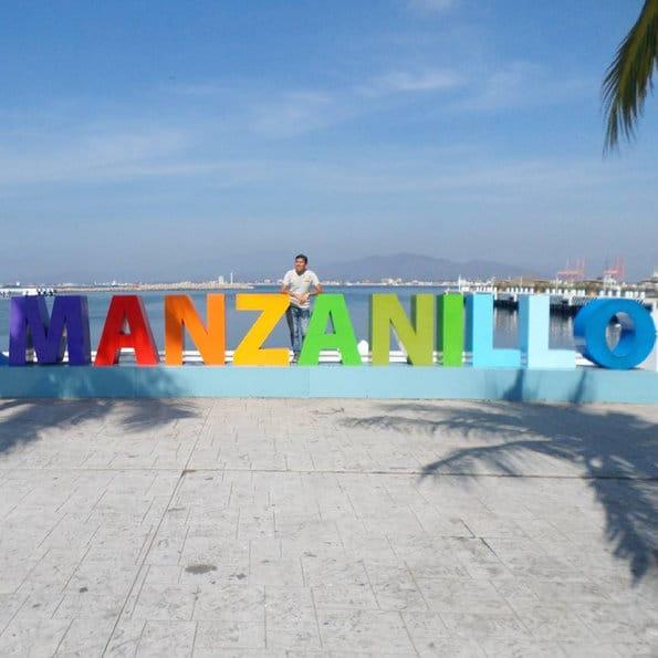 Letras monumentales, Manzanillo, Colima