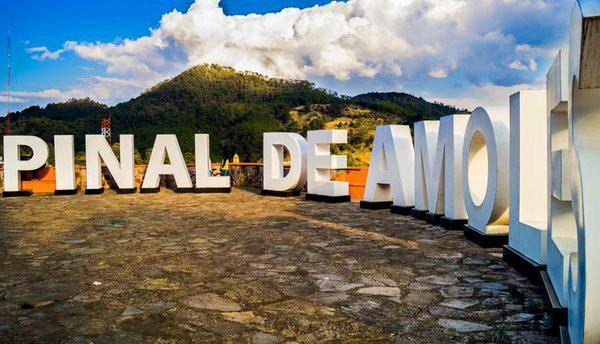 Letras monumentales, Pinal de Amoles, Querétaro
