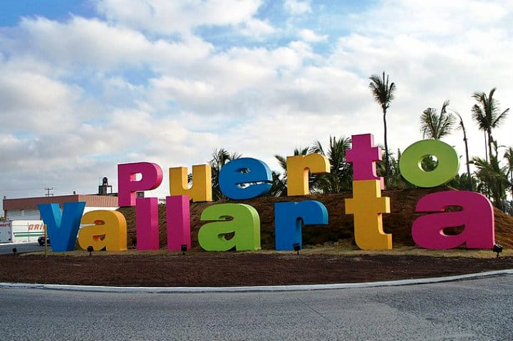Letras monumentales, Puerto Vallarta, Jalisco