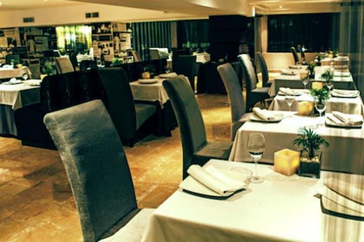 Restaurante Benazuza Foto Archivo