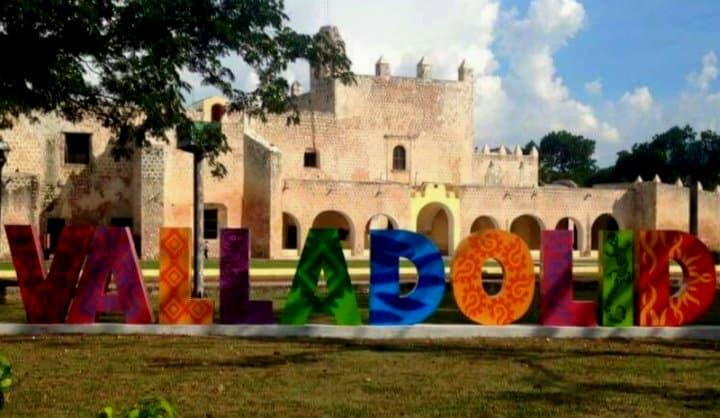 Letras monumentales, Valladolid, Yucatán