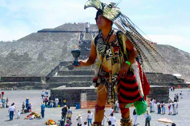 Equinoccio de primavera en Teotihuacán.Foto.SkyBalloons México.1