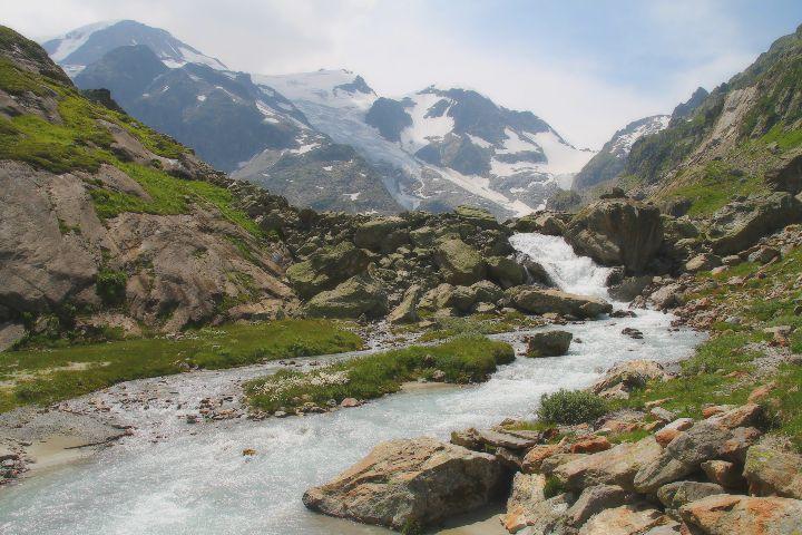Video de las montañas suizas. Foto Nika1209