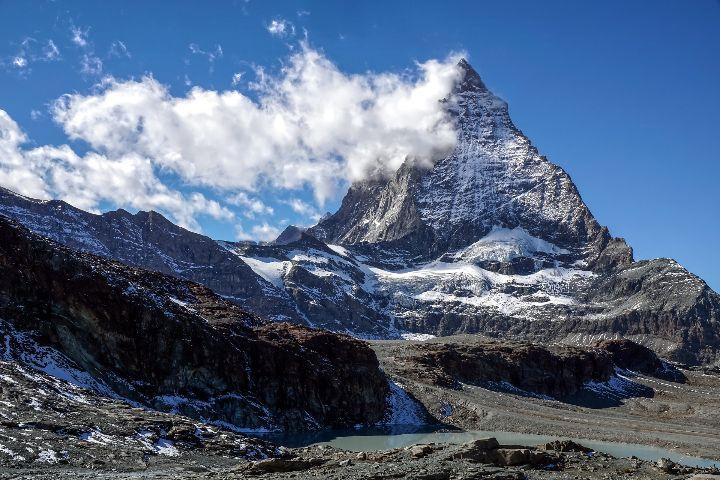 Video de las montañas suizas. Foto Suju Foto