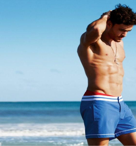 Portada.Hombres con six pack en la playa.Foto.Mendoza Post