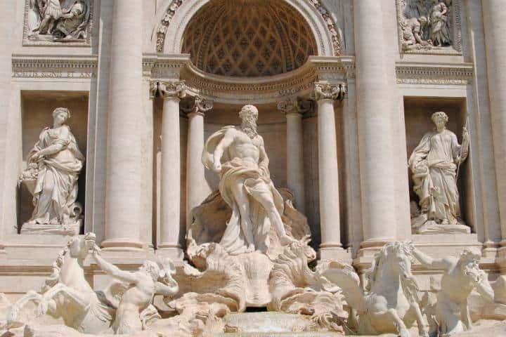 Fontana Di trevi Roma. Foto. Vlad_ropotica.4