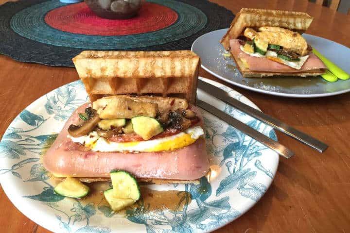 Desayuno Holly Waffles