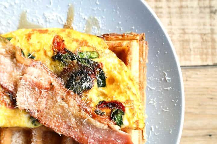 Desayuno en Holly Waffles