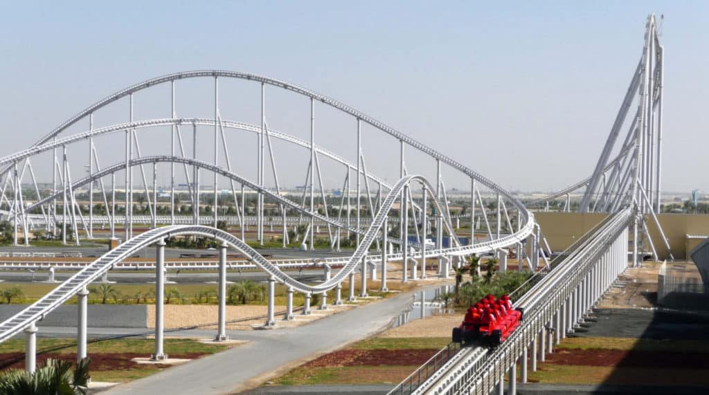 Parque de atracciones Ferrari World en Dubai
