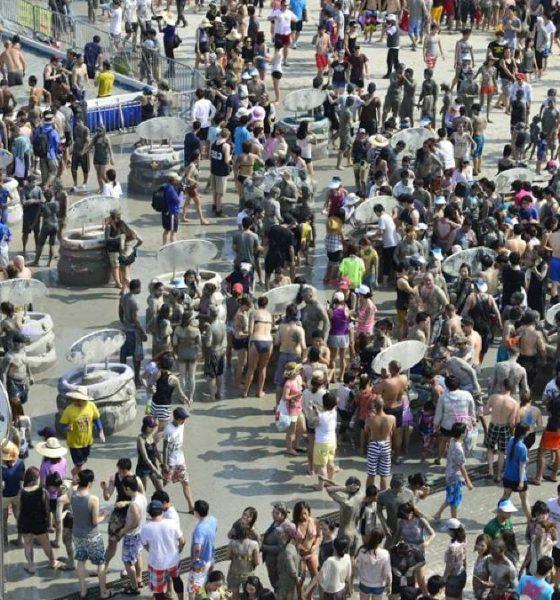 Festival del lodo. Foto: kimstravel