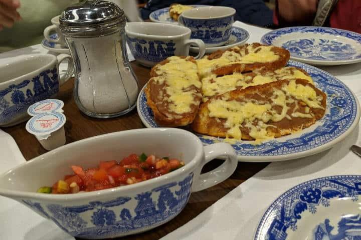 Vajilla de Sanborns.Foto.Restaurant Guru.2