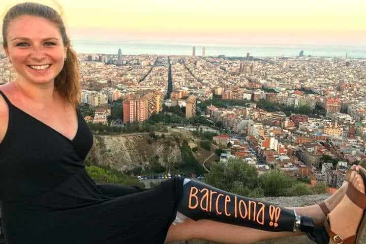 Viajera sin una pierna en Barcelona. Foto: Archivo