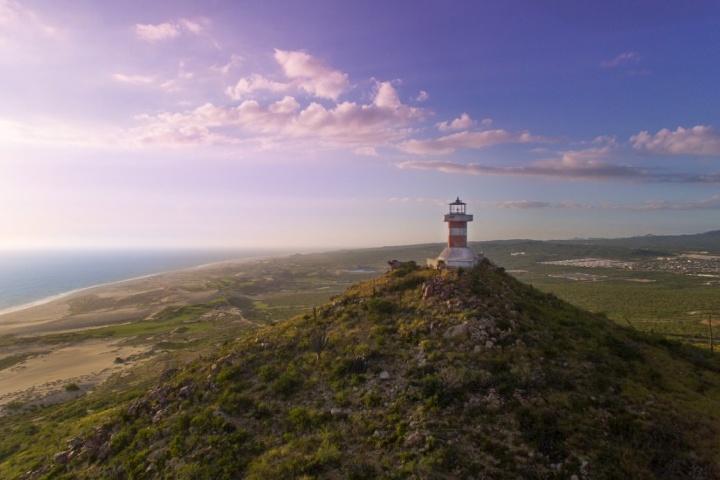 Faro campo de Golf Quivira. Foto_ Cabo Golf Course