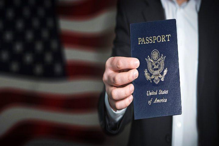 Necesitas tu pasaporté y visa. Foto Gerd Altmann.