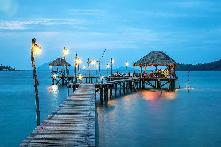 Podcast islas paradisiacas en Cancún. Foto Sasin Tipchai.