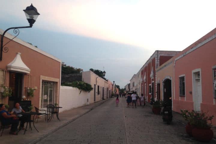 Valladolid Pueblo Magico Calle Frailes