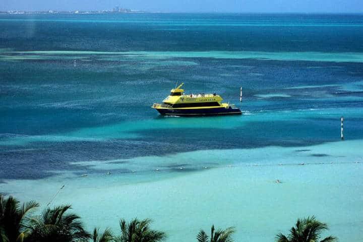 Ferry Isla Mujeres. Imagen: Cancún. Archivo