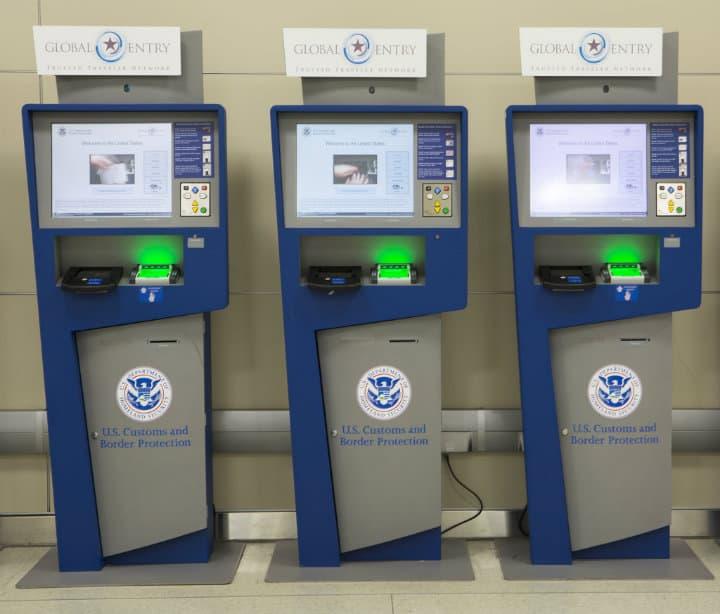 """Global Entry, """"Quioscos automáticos"""". Foto: Archivo."""