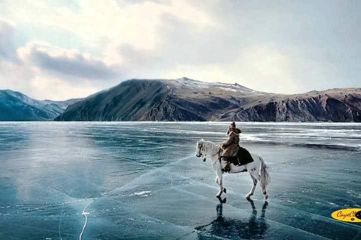 Lago congelado. Imagen: Lago Baikal .Archivo