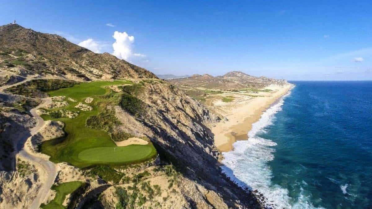 portada-Campo-Golf-Quivira-foto-Turismo-y-Golf-MX-1-1000×576