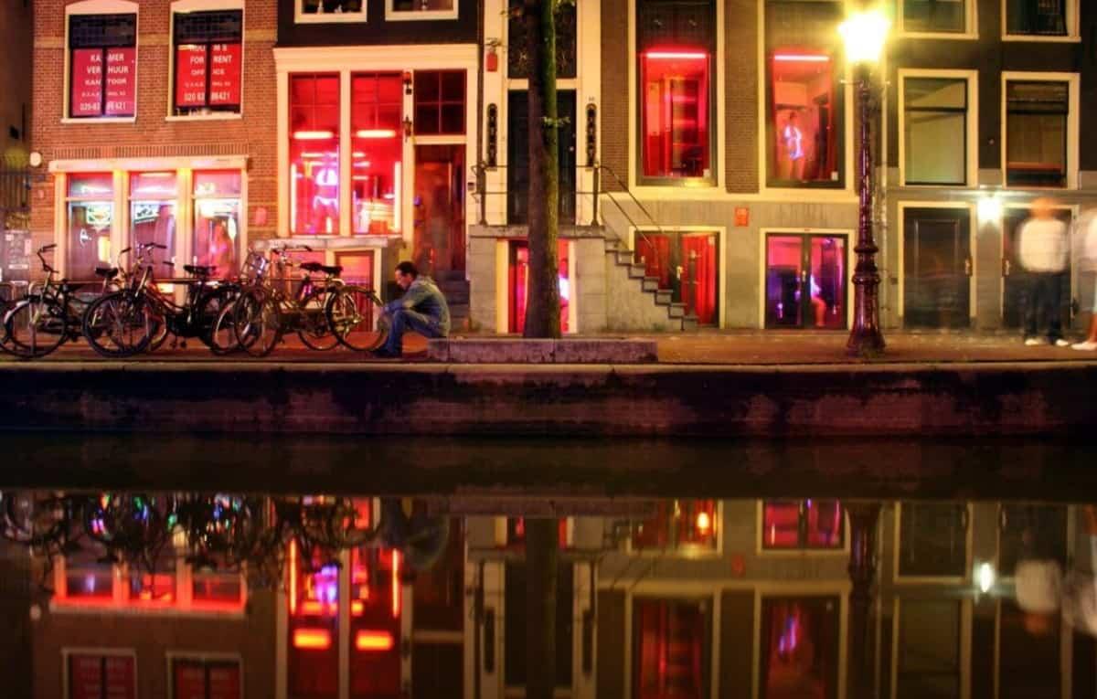 La zona roja de Ámsterdam port