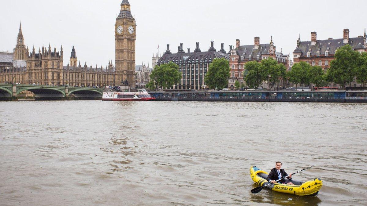 Storytrender Foto: Recorriendo Londres en kayak