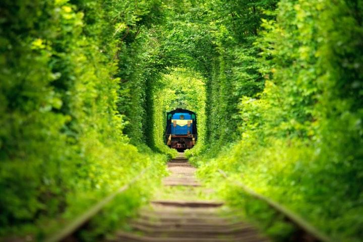 El túnel del amor en Ucrania. Foto itinari
