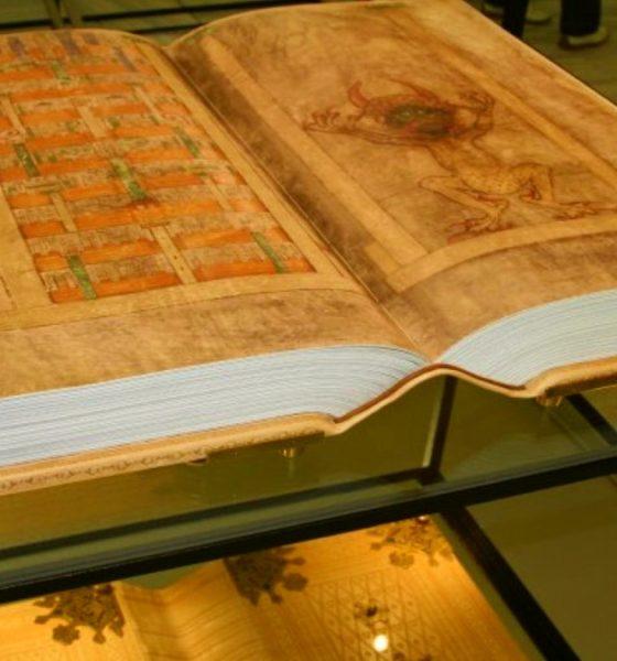 La biblia del diablo. Foto: Amante de la literatura.