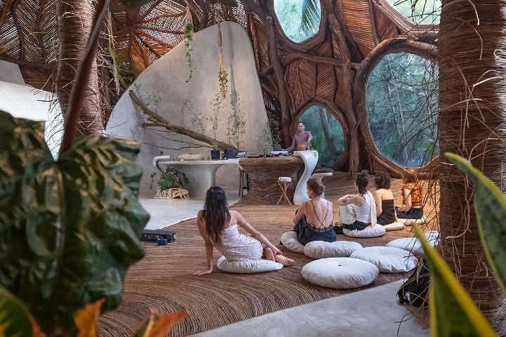 Yoga en el Hotel Azulik.Foto_ Azulik.com