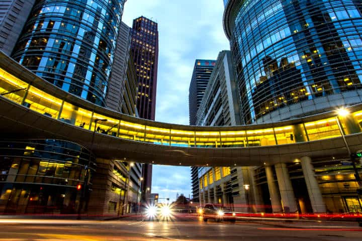 Houston DOWNTOWN_TRAFFIC_NIGHT_90210