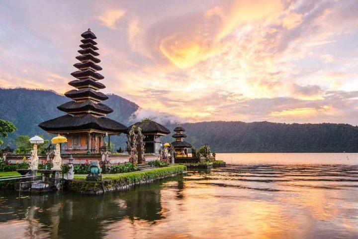Visita Indonesia. Foto Archivo.